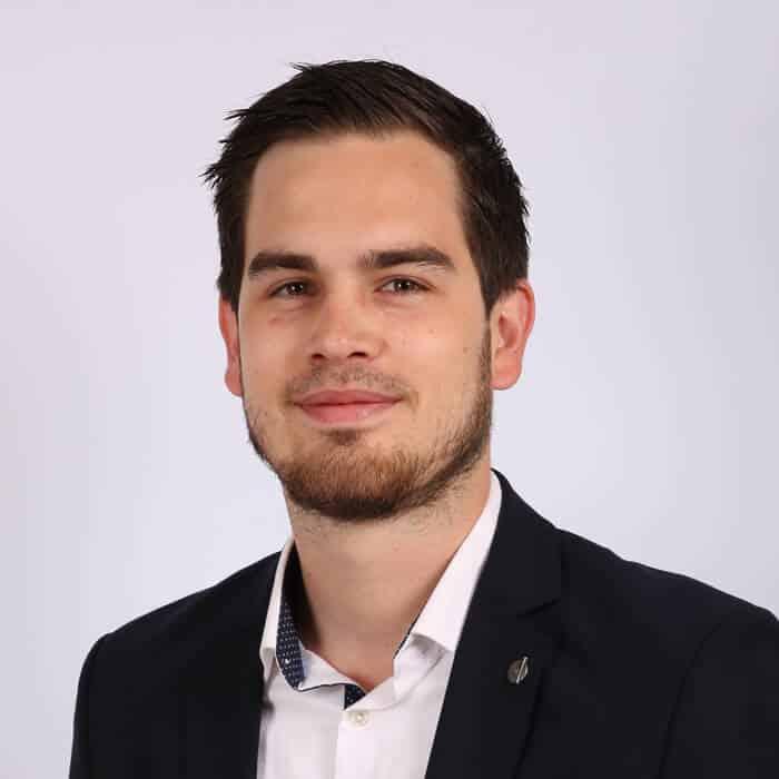 Paul responsable de l'agence de Cannes